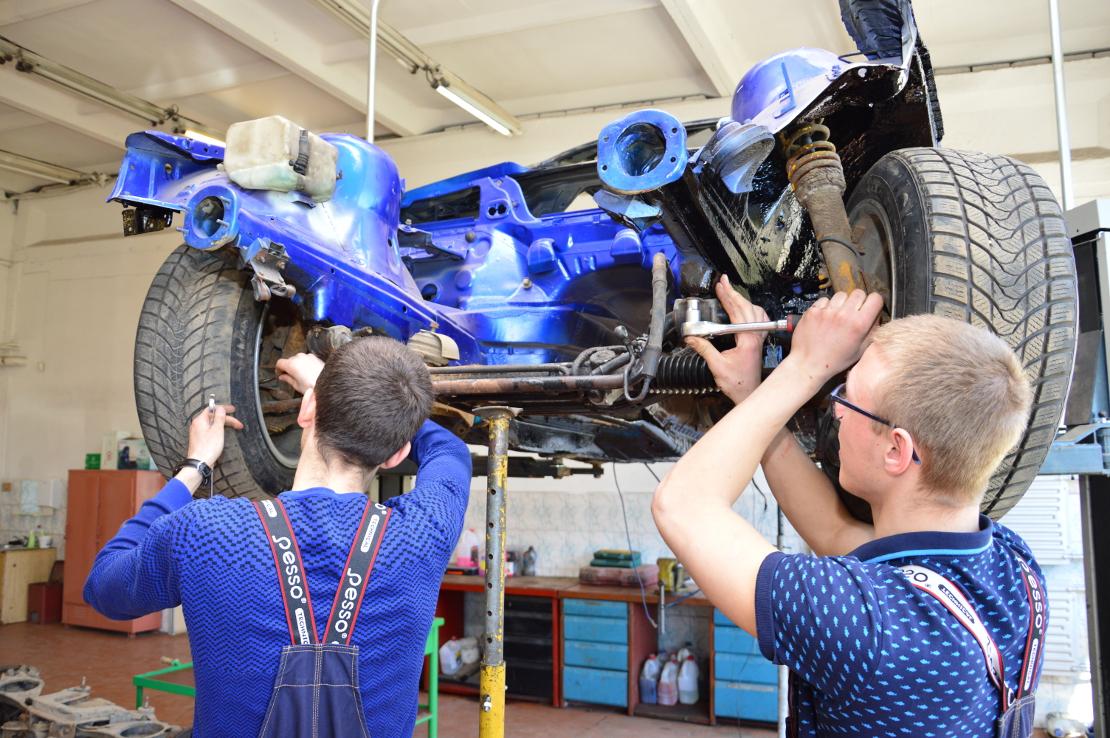 Automobilių mechanikas